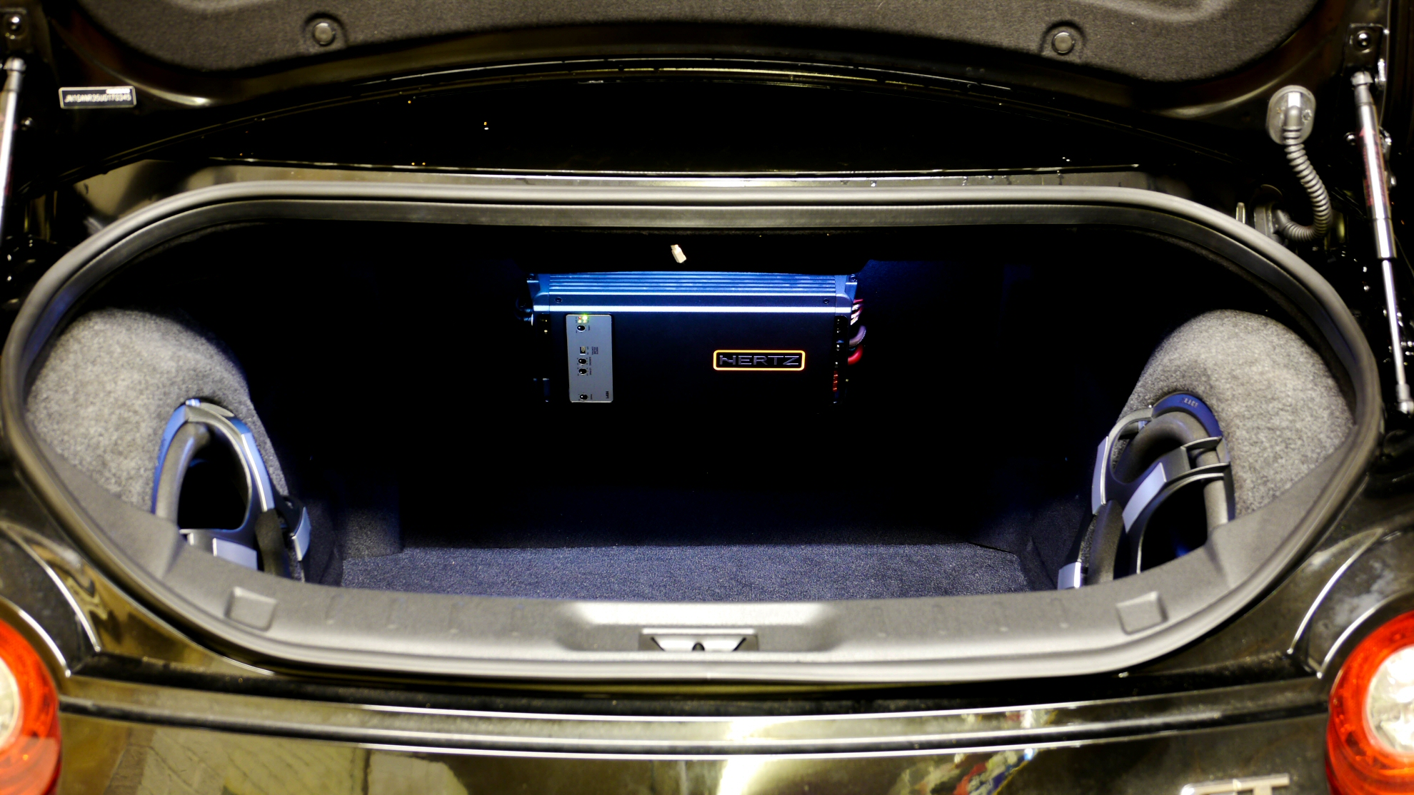 Nissan R35 Gtr Audio System Upgrade Stage 2